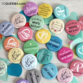 "Chapas personalizadas para bodas ""Love is in the air"""