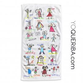 Toalla  de playa con los dibujos hecho por los niños