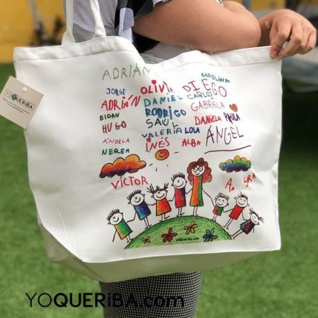 Bolsa de playa con las firmas  de los niños